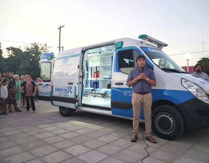Acerbo presentó la nueva ambulancia en Salazar