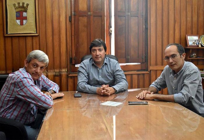 Acerbo recibió a Pisano y a Cortés