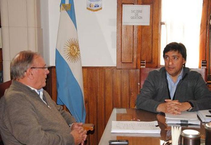 Acerbo recibió al delegado de Salazar