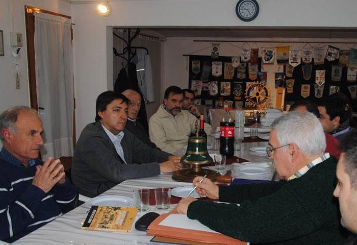 Acerbo se reunió con el Rotary