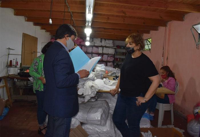 Acerbo visitó la textil Femenix
