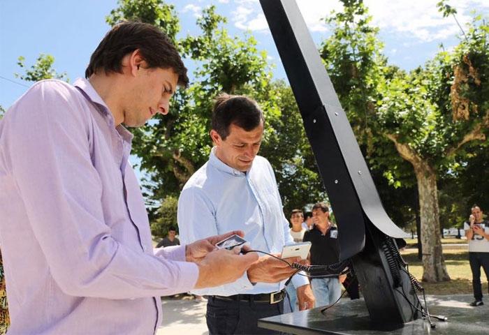 Bucca presentó el cargador solar para celulares
