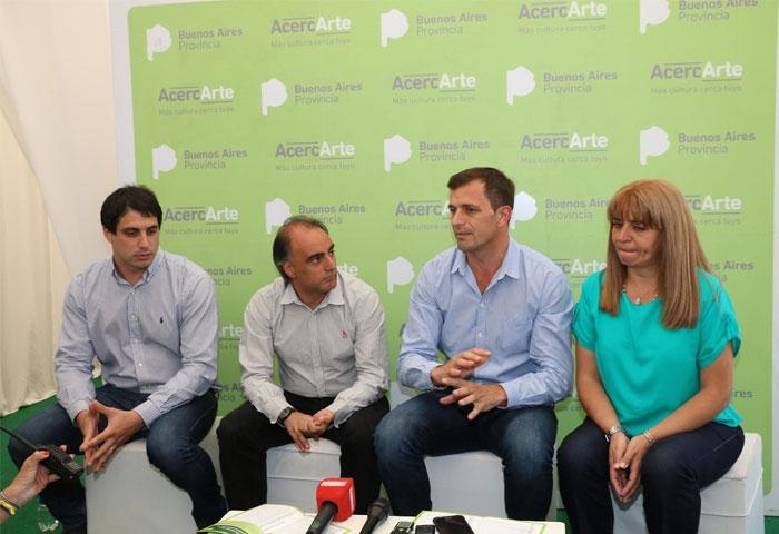 Bucca y Gómez presentaron AcercARTE