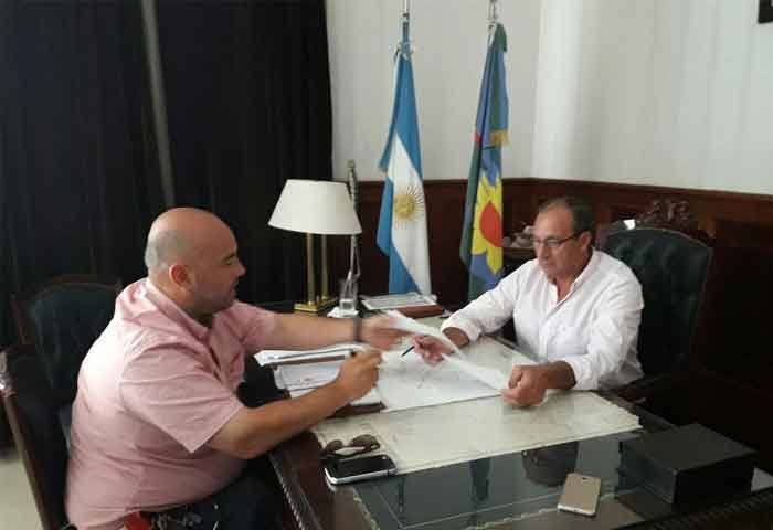 Capra se reunió con el representante de Vialidad