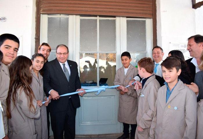 Capra y Cellillo inauguraron la Escuela Técnica