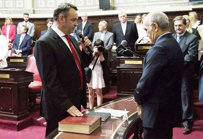 Cellillo juró como senador