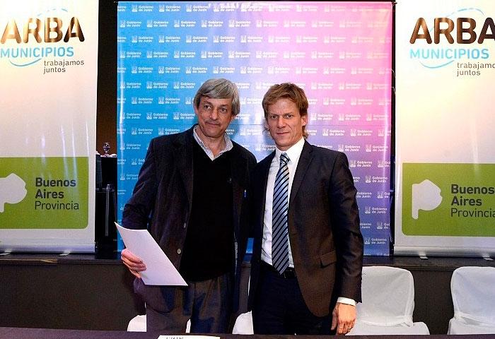 Cortés firmó un acuerdo marco con ARBA