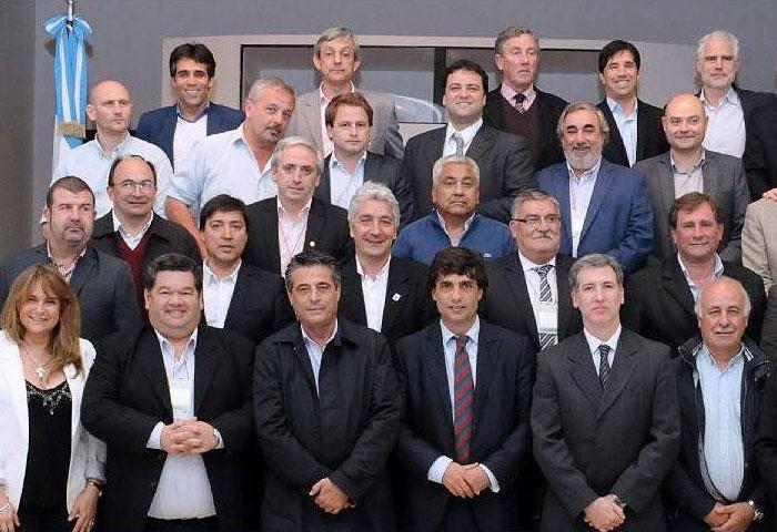 Cortés se reunió con el ministro Lacunza