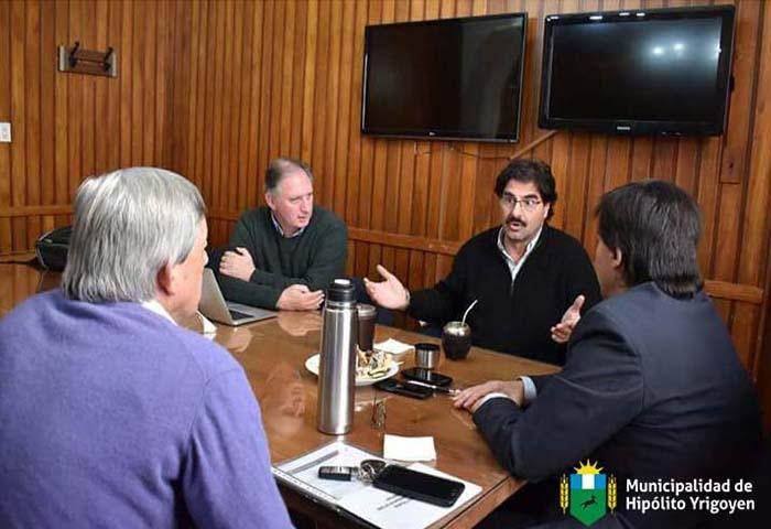 Cortés se reunió con el ministro Sarquis
