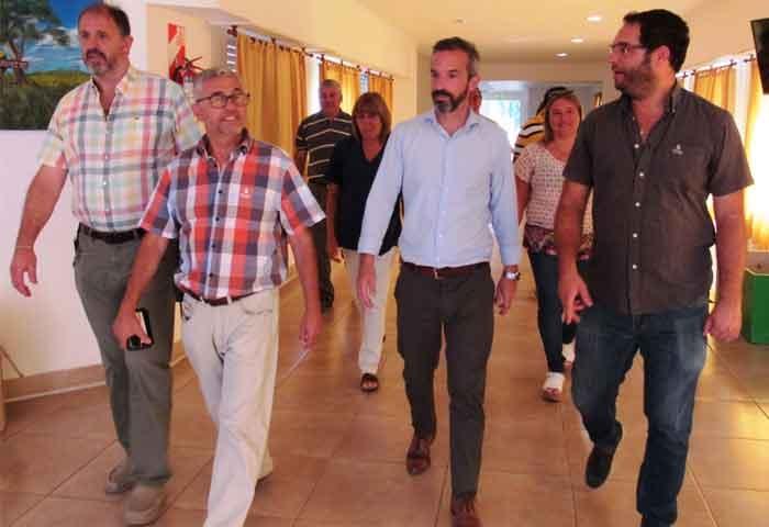 Dalton Jáuregui recorrió obras en Roque Pérez