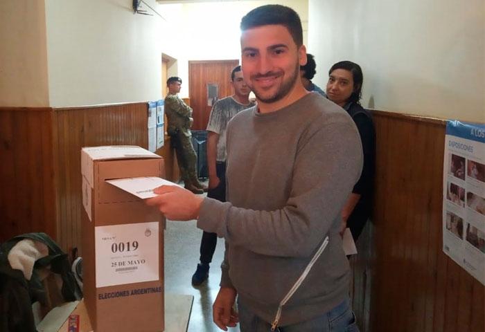Egüén votó en el Colegio San José