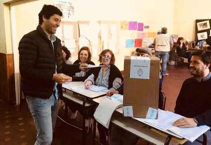 García De Luca votó en Chivilcoy