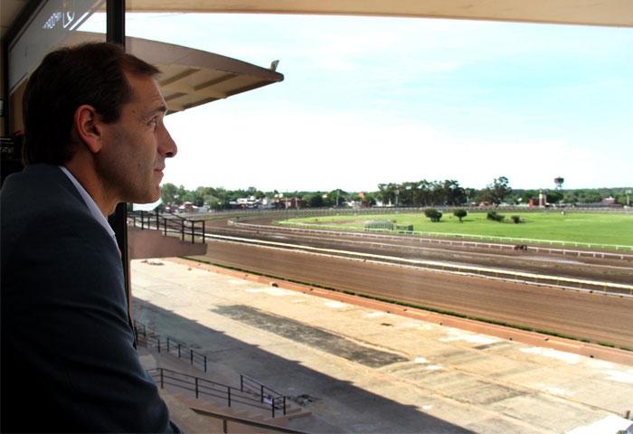 Garro visitó las obras del hipódromo