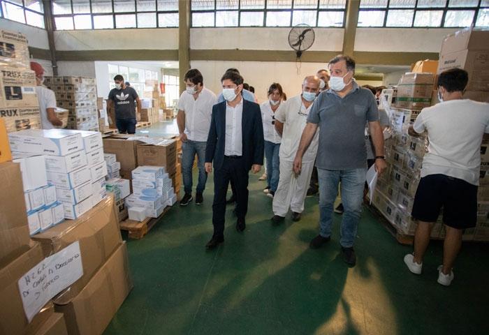 Kicillof visitó el centro logístico provincial