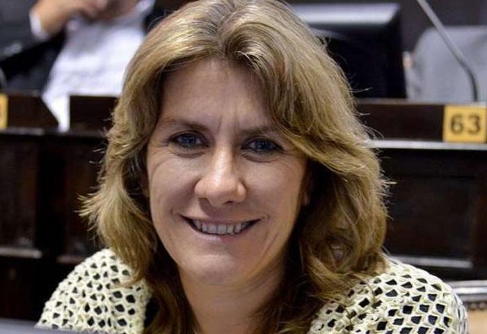 Lordén comparó las gestiones de Vidal y Scioli