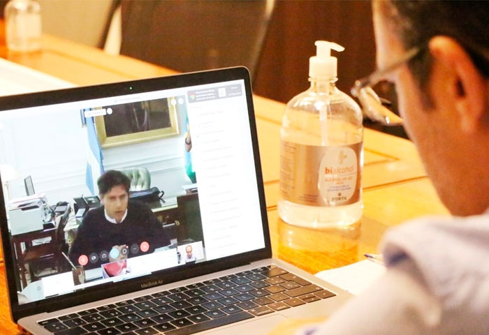 Pisano mantuvo una videoconferencia con Kicillof