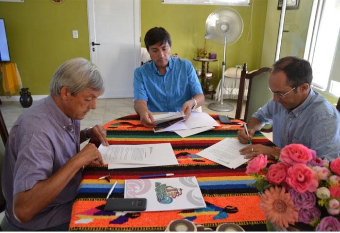 Pisano se reunió con Cortés y Acerbo.