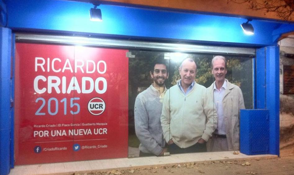 Ricardo Criado abrió su local de campaña